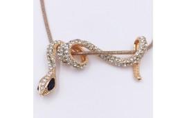 Collier et pendentif serpent